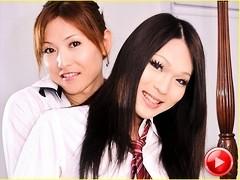 Mai and Minami in Hawaii