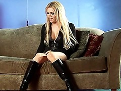 Hot Transsexual Jesse Masturbating To Kill Some Time