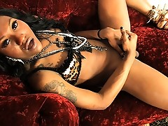 Ebony hotness Phoenix playing with her beautiful cock