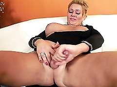 Mandi toying, playing with her cock and oil and cums