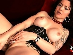 Horny sex change girl toying her sweet wet cunt