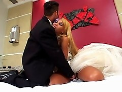 Salacious shemale wife taking pleasure from ass-banging her eager husband