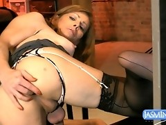 Alluring TMILF fingering and masturbating